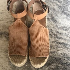 Marc Fisher Annie Espadrille Wedge Size 9